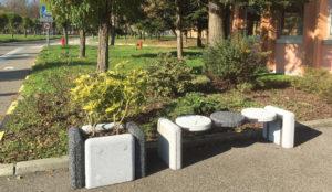 Elementi di arredo urbano – Elemento seduta
