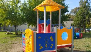Tetti in plastica per giochi per parchi pubblici